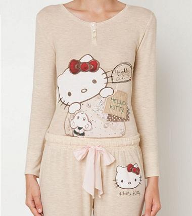 pijamas hello kitty oysho beige