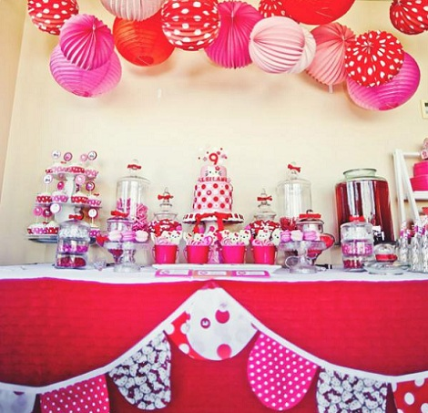 cumpleaños hello kitty rosa mesa
