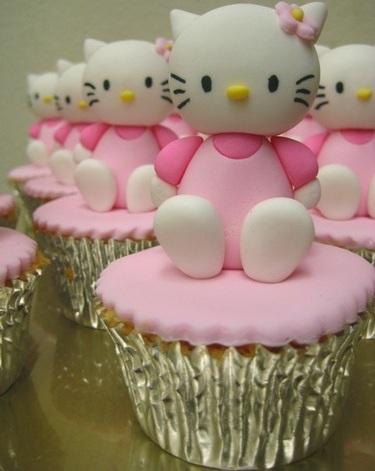 cupcakes hello kitty fondant